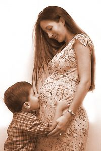 pregnant_woman_and_child.jpg